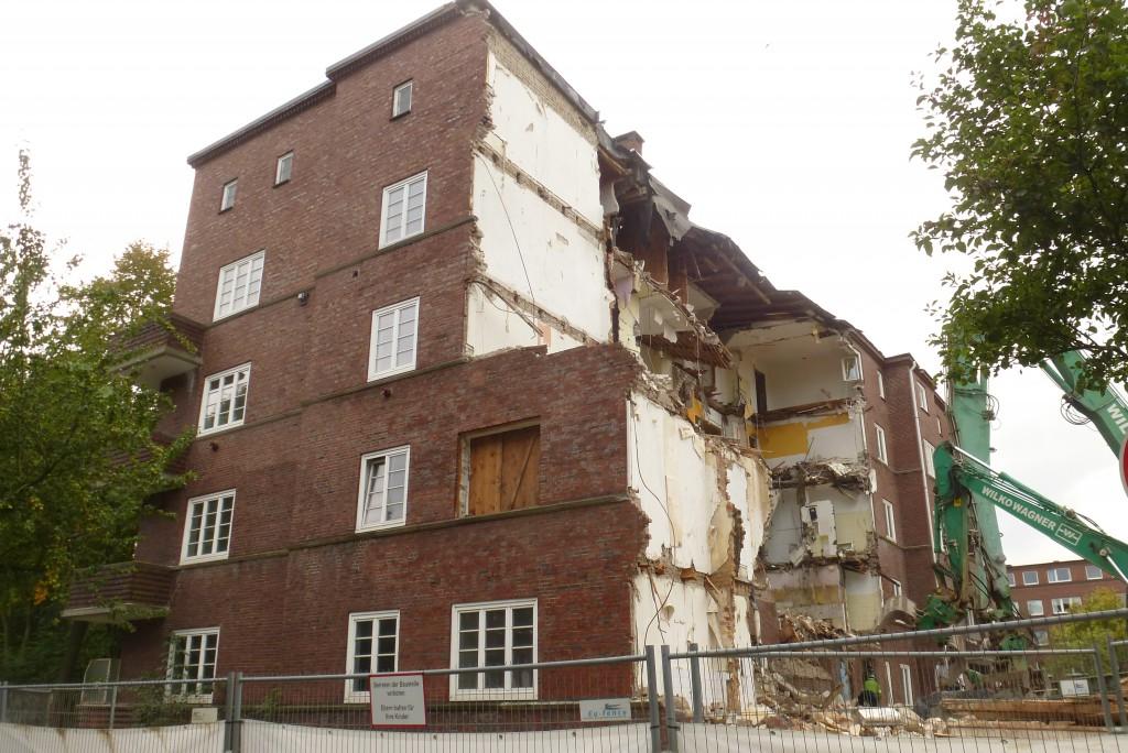 Curtiusweg 1, noch 2 Räume nicht abgerissen